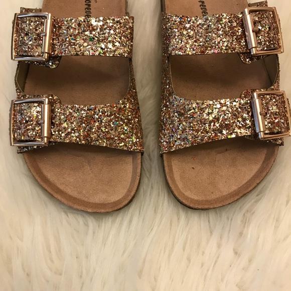 a63509734 ... Gold Glitter Buckle Footbed Sandal. M 5ab43c2261ca1055b6a118ac